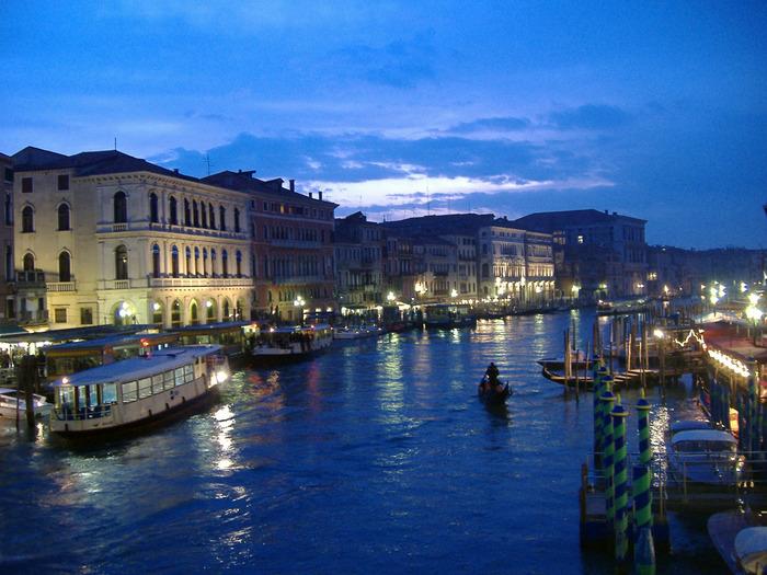 9.f. Venice (700x525, 160Kb)