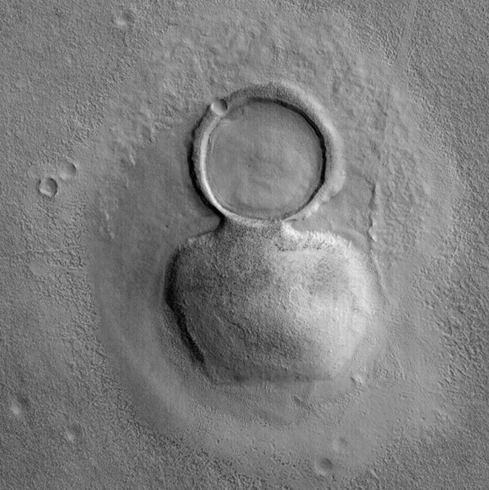 images_of_mars_13 (699x700, 127Kb)