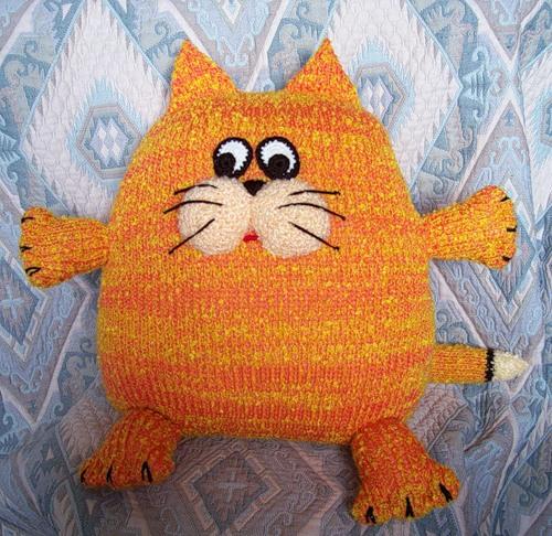 Коты своими руками подушки