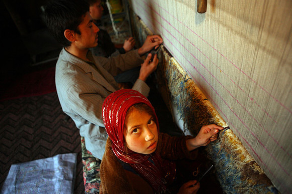 1323199365_afghans_carpet_02 (580x387, 88Kb)