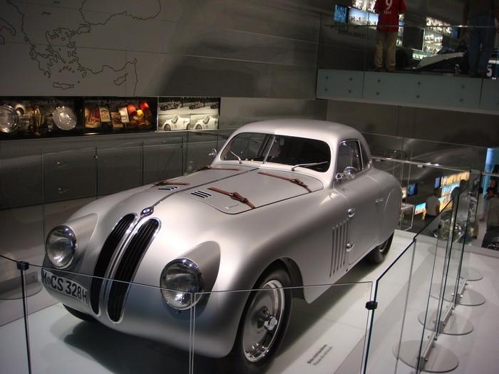 Фотопутешествие в музей компании BMW в Мюнхене