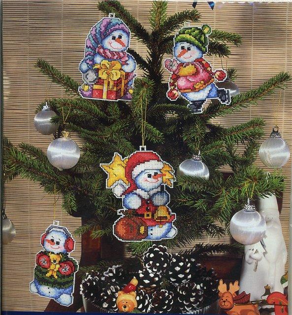 Елочные игрушки вышивка крестом схемы - Лучшие фейерверки и новогодние игрушки здесь.