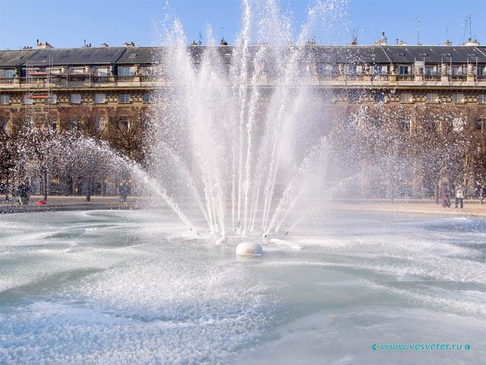 Paris-walking-12 (700x525, 152Kb)