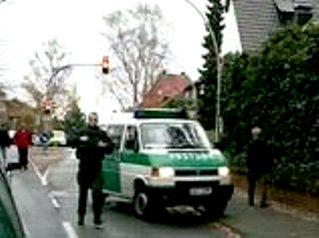 Германия, полиция (319x238, 17Kb)