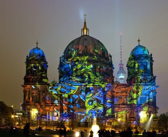4080226_light_festival_berlin3 (553x452, 157Kb)
