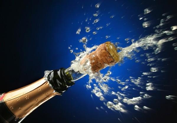 1323678416_66093669_champagne (600x418, 51Kb)