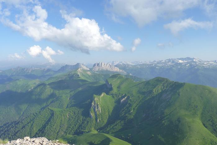 над горами (700x467, 87Kb)
