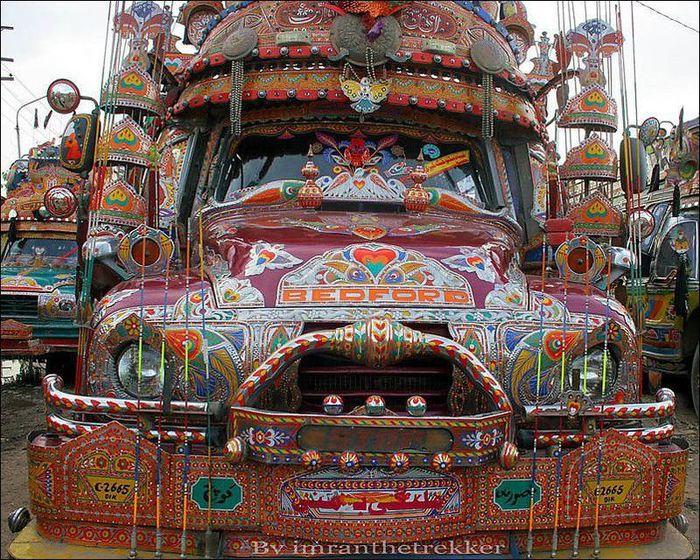 пакистанские грузовики фото
