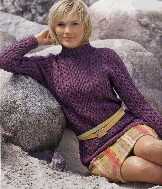 Узнай подробности.  Женский модный свитер это вязаная верхняя одежда без застёжек, одеваемая Если на воротнике...