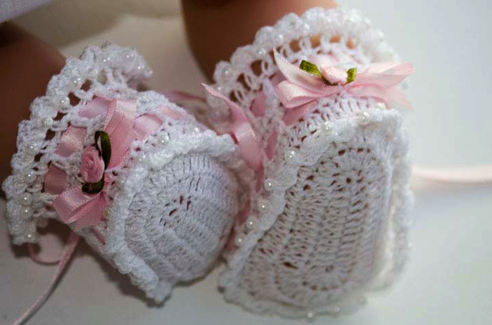 CC11-ribbon_rosesbooties1 (700x462, 276Kb)