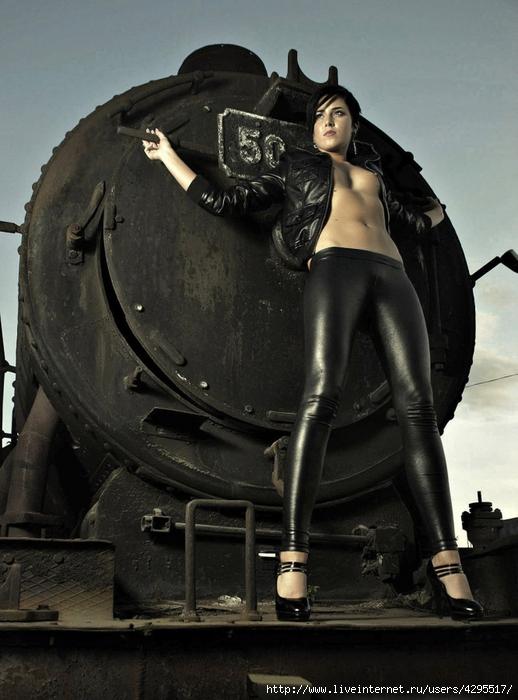 Проститутки спб, фото проституток, секс, интим спб, эскорт, индивидуалки питера, девушки, салоны, модели, фото девушек, эротика, эротические фото, эскорт модели, голые девушки, фото голых девушек/4295517_1318151308_kladoffka_com_15 (518x700, 247Kb)