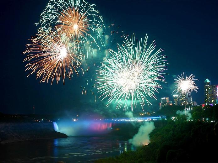 NiagaraFallsFireworks1-1 (694x520, 66Kb)