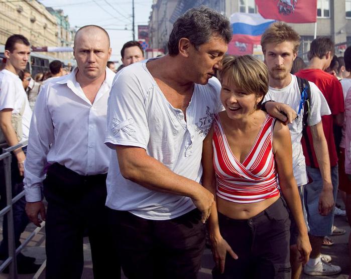 Немцов и Чирикова (700x557, 65Kb)