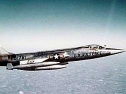 F-104 (250x188, 8Kb)