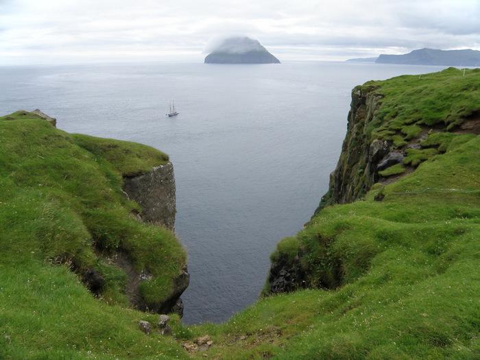 красивый остров фото
