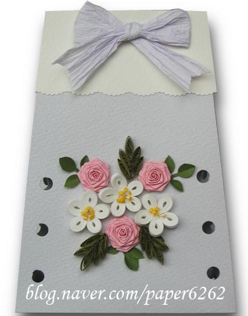 Как сделать красивый цветок из бумаги на открытку