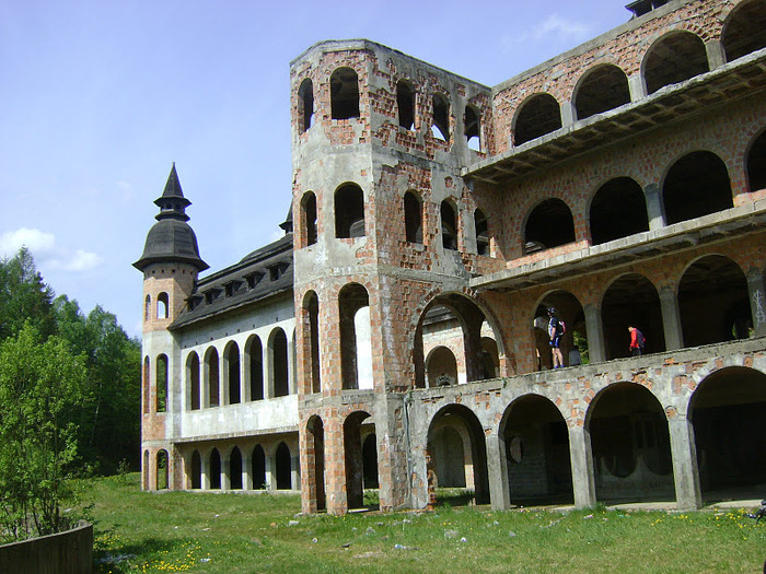 Zamek Lapalice 38528
