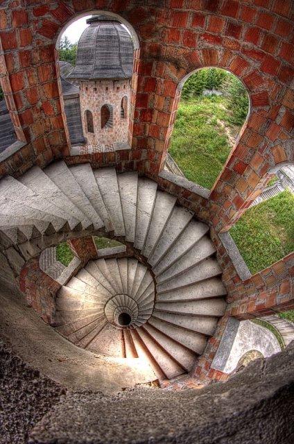 Zamek Lapalice 57205