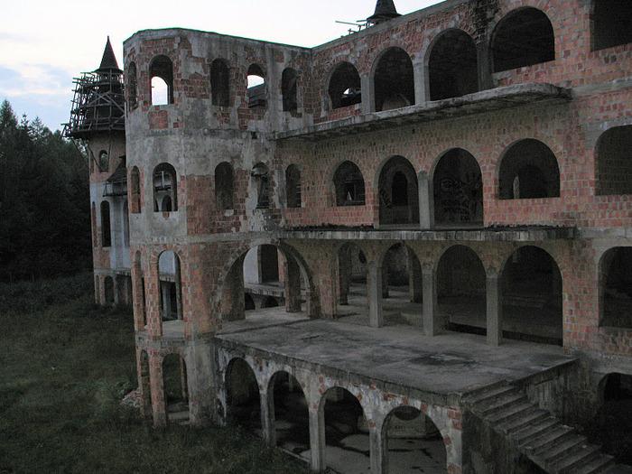 Zamek Lapalice 77754