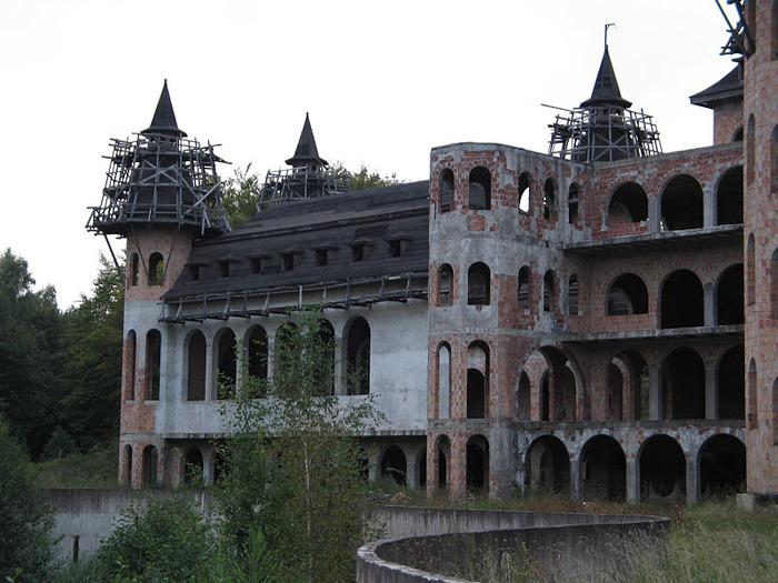Zamek Lapalice 11254