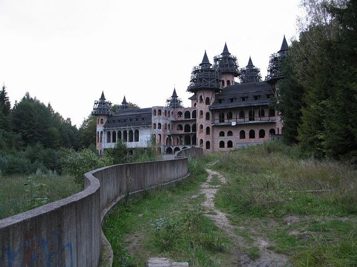 Zamek Lapalice 81231
