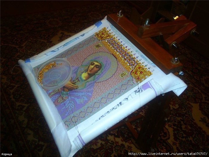 Как самому натянуть вышивку из бисера на рамку