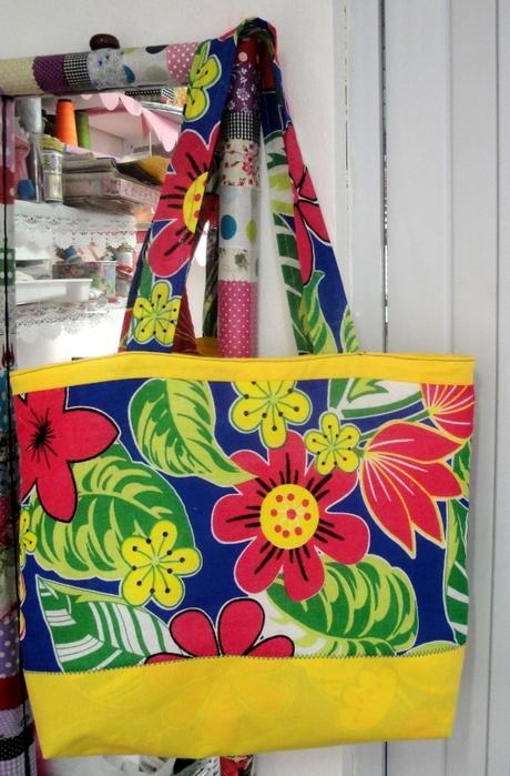 Сшить красивую сумку своими руками.  Мастер класс .  22 фев 2012 .