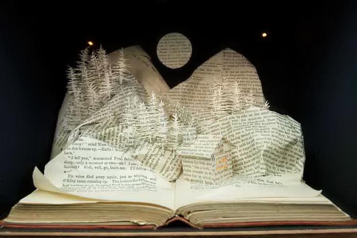 Резьба по книгам, поделки из старых кни, интересное творчество, вырезание из книг