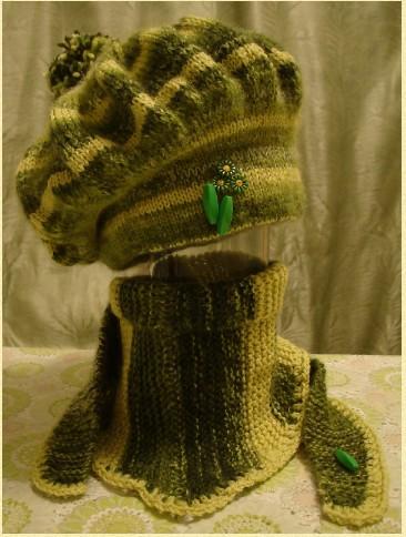 Берет с внутренней шапкой  и бактус спицами-вяжем по мастер-классу с фото/4683827_20111228_184709 (366x484, 57Kb)