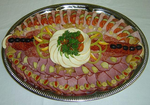 Праздничное оформление блюд