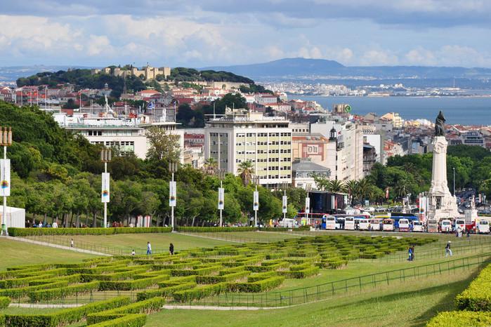 Lisbon%20Portugal%201251175871(www_brodyaga_com) (700x466, 170Kb)