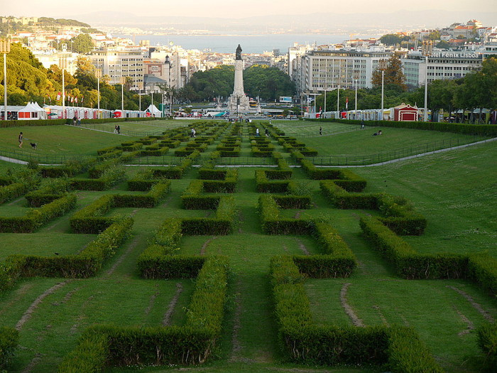 Lisbon%20Portugal%201306426057(www_brodyaga_com) (700x525, 148Kb)