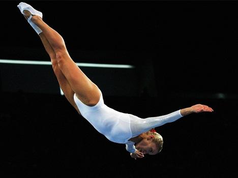 Акробатика ей помогает в сексе скачать напрямую.
