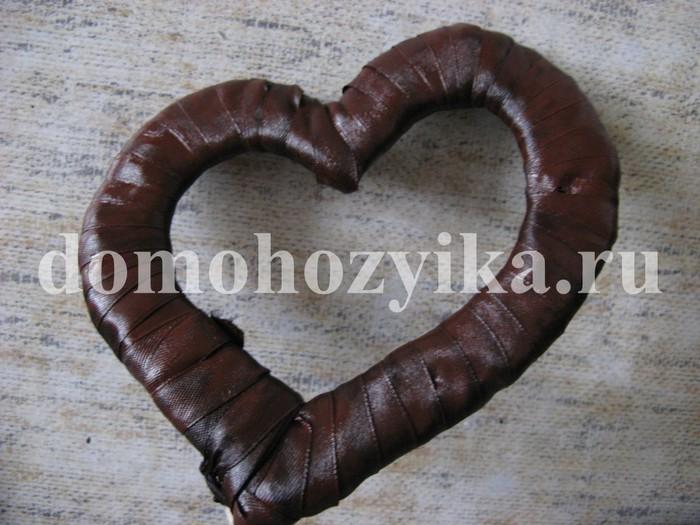 IMG_4766.  Дерево сердце из бисера.