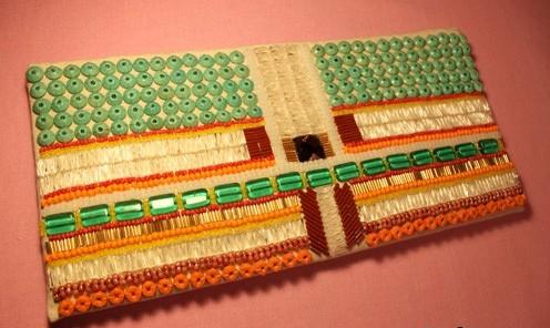 Плетіння з бісеруГотов вироби з бсеру картини дерева квти коль браслети нше Схеми для плетння бсером а також...