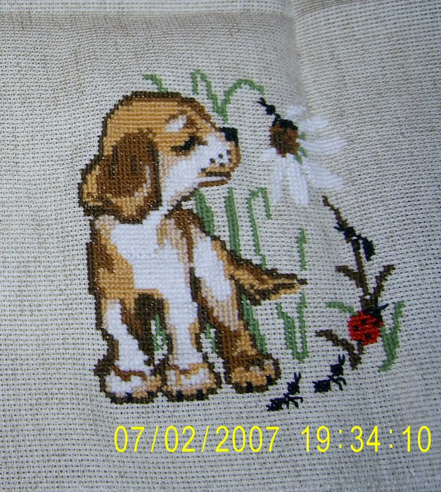 Вышитая собачка1 (627x700, 163Kb)