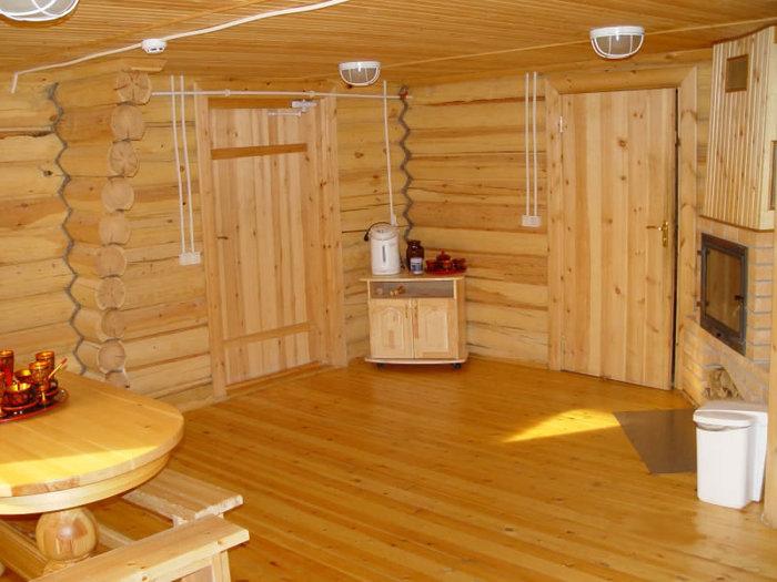 Строительство бани Традиционная русская баня - это бревенчатый сруб и кирпичная печка-каменка.