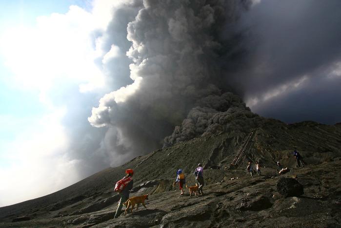 volcanoes_06 (700x468, 90Kb)