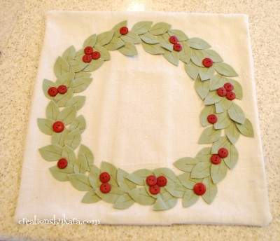pottery-barn-wreath-pillow-034-400x344 (400x344, 35Kb)