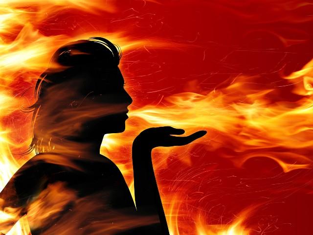 Рисунки огнем 38 (640x480, 77Kb)