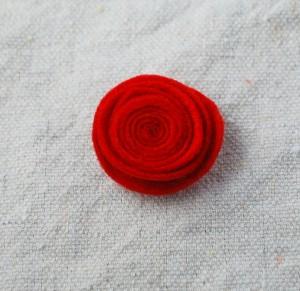 felt-flower-hair-clip-tutorial-017-300x291 (300x291, 28Kb)