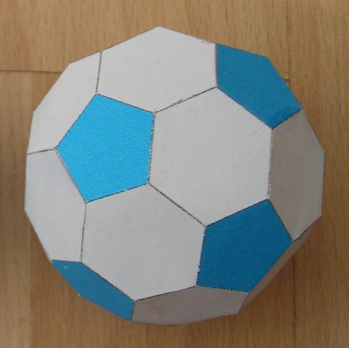 truncated_icosahedron (700x698, 75Kb)