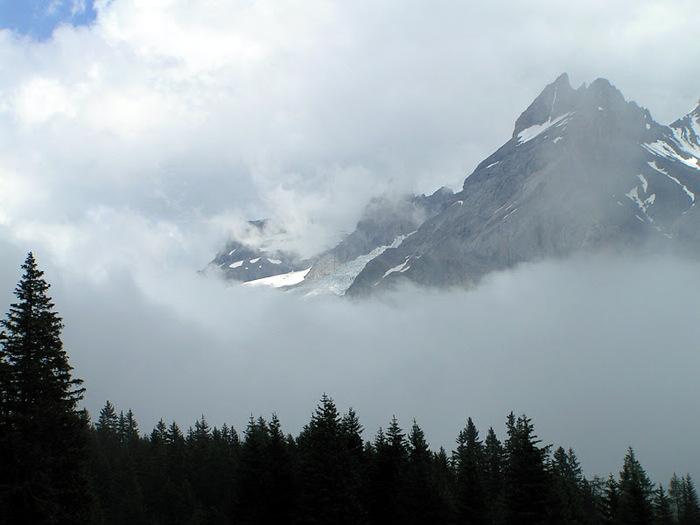 Озеро Oeschinensee 24195