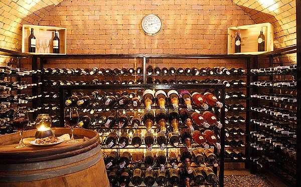 wine-cellar1 (600x373, 65Kb)