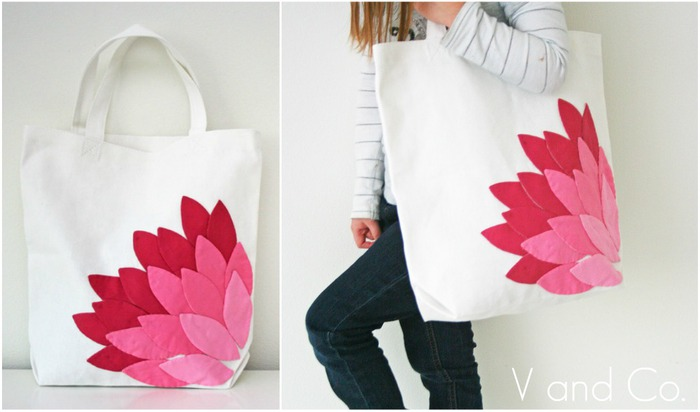 pink appliqued petal bag (700x412, 52Kb)