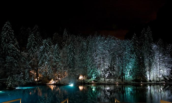 На холодно-синем стекле воды - Blausee 23968