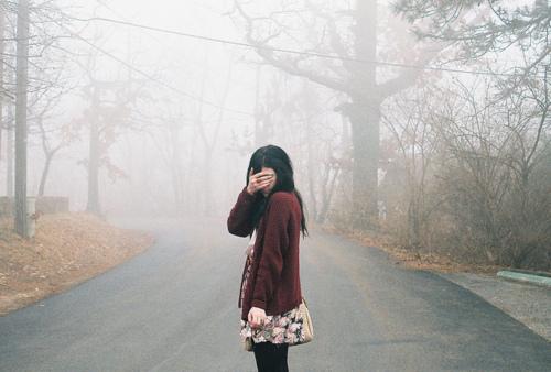 фото девушек без лица с алкоголем