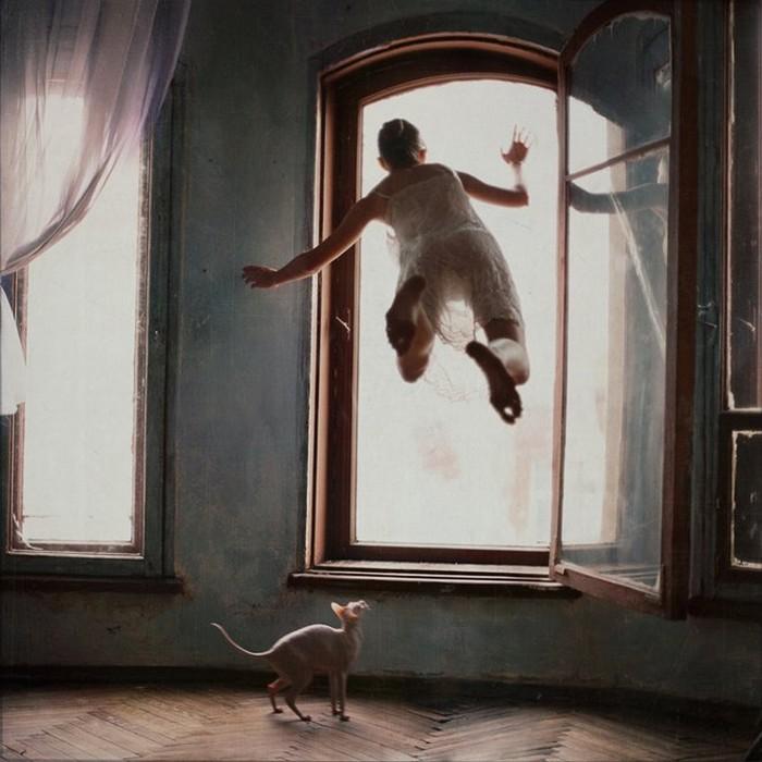 Разрушенная гравитация - левитация в работах фотохудожницы Анки Журавлевой
