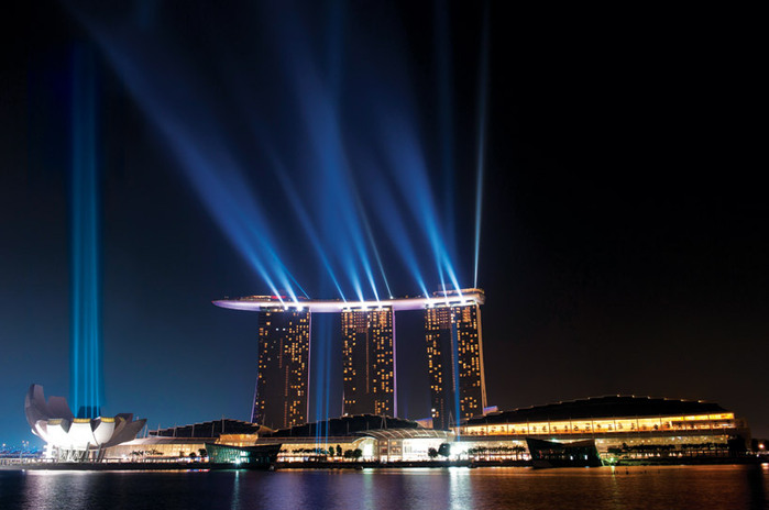 1198961_1314442986_marina_bay_sands_hotel_singapore1 (700x464, 75Kb)