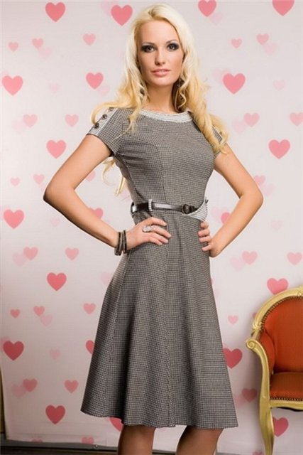 Я думаю, что именно это платье подойдет тебе. все гадания на aeterna.ru.